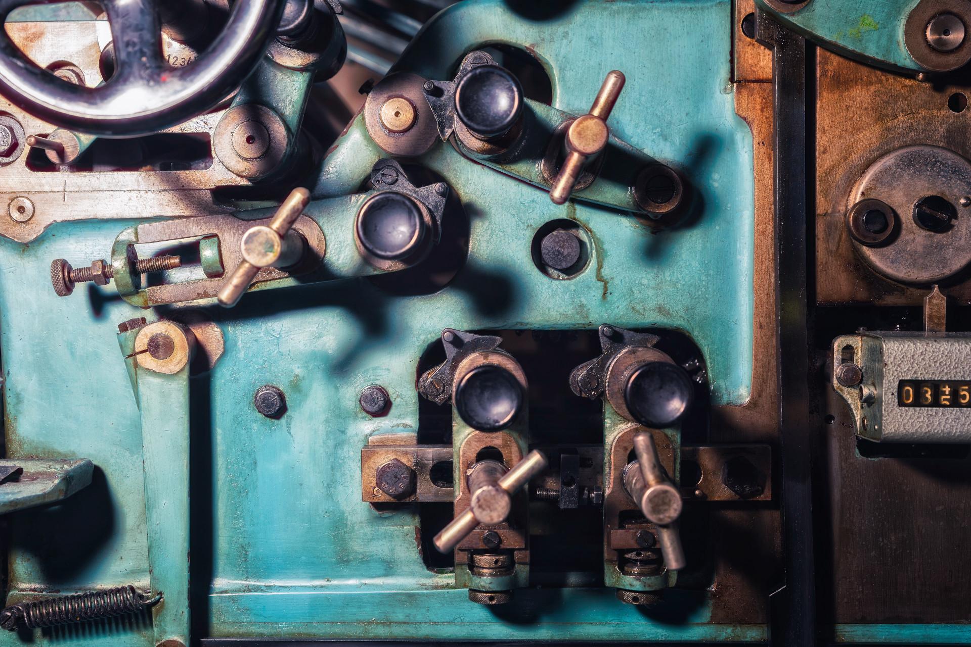 Cómo lanzar un proyecto de gestión de activos en el sector de la fabricación